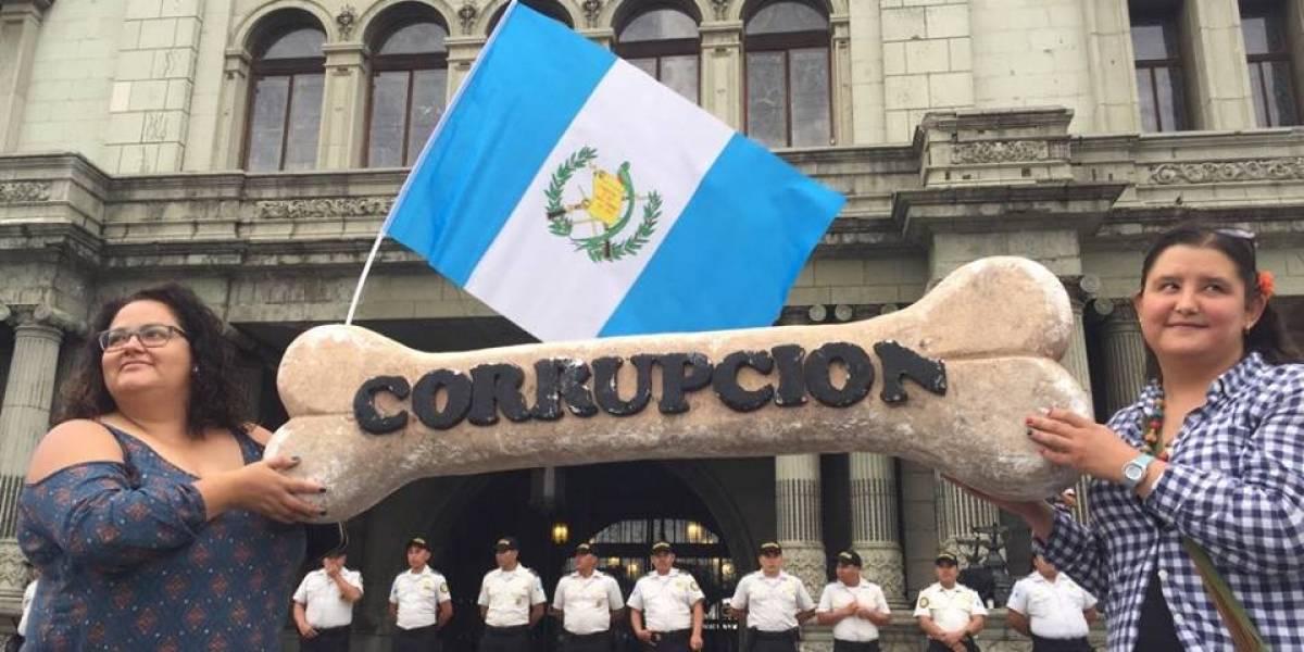 VIDEO. Ciudadanos manifiestan en apoyo a la permanencia de la CICIG