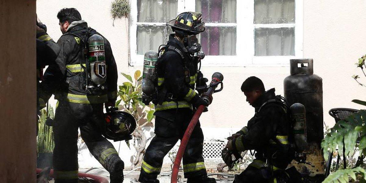 Violenta explosión en Viña del Mar deja a una mujer con quemaduras: bomberos inicia evacuación en cuatro edificios por fuga de gas