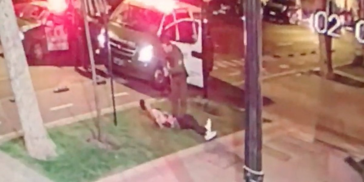 ¿Se perdió el respeto? Se opusieron a fiscalización de Carabineros y les lanzaron el auto: uno terminó herido a bala