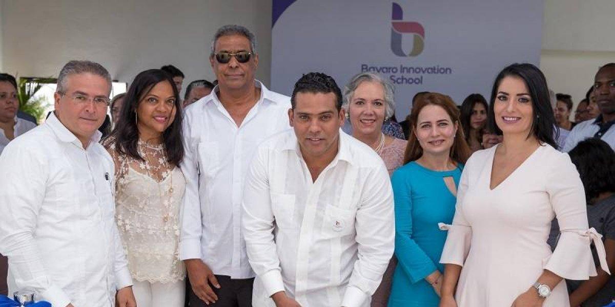 """TeVimosEn: """"Bávaro Innovation School, Profesora Elsa Brito de Domínguez"""" inicia periodo 2018 – 2019"""