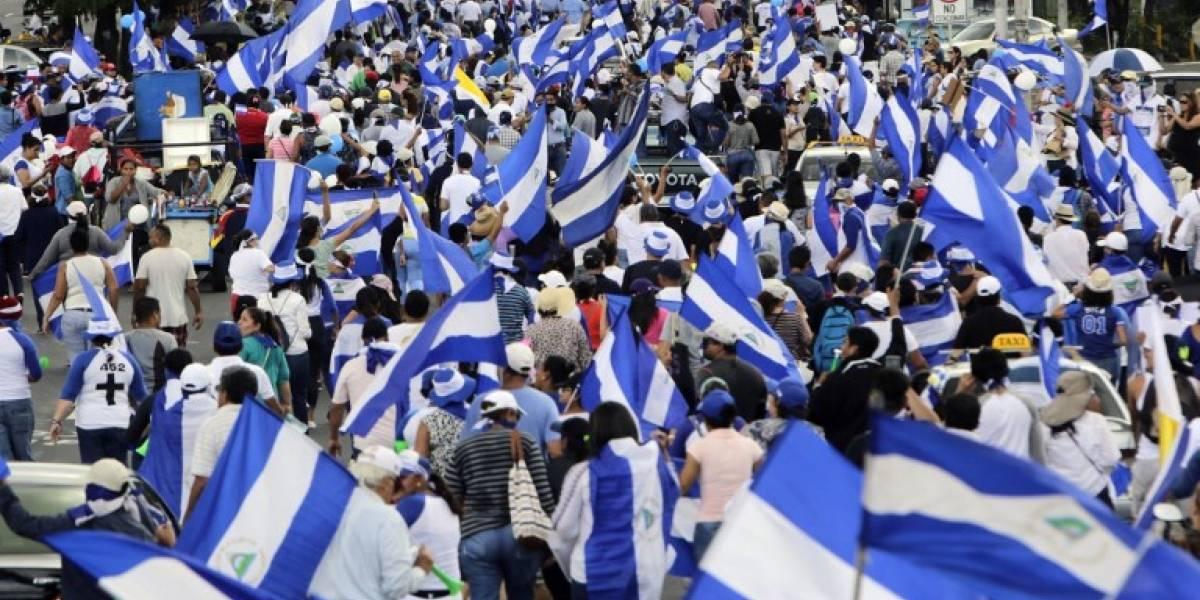 Al menos dos heridos de bala en marcha opositora en Nicaragua
