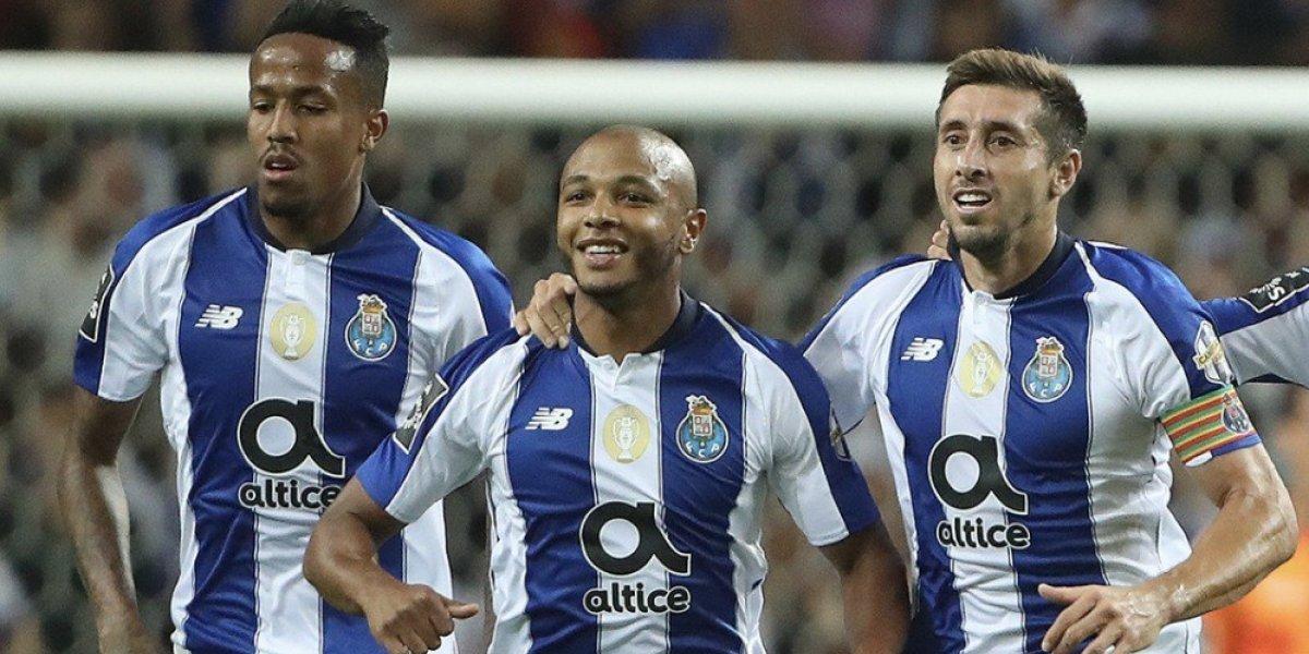 Héctor Herrera comanda victoria del Porto