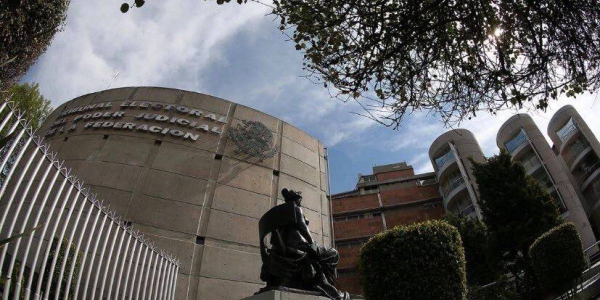 Senado toma protesta a cinco magistrados del TEPJF