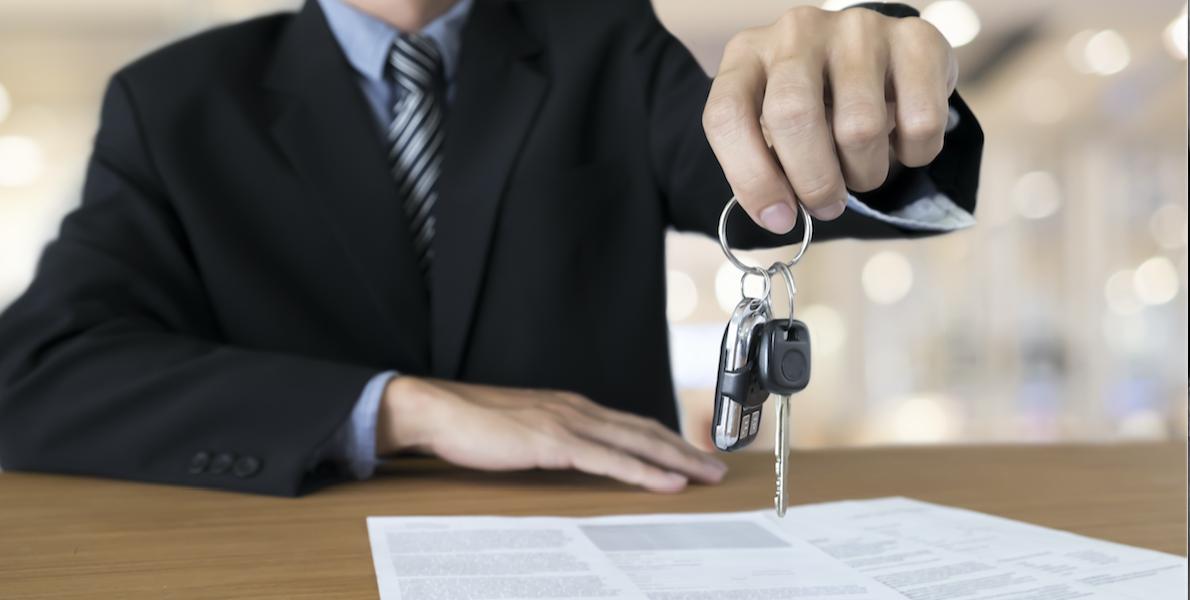 Cómo evitar fraudes al vender tu auto