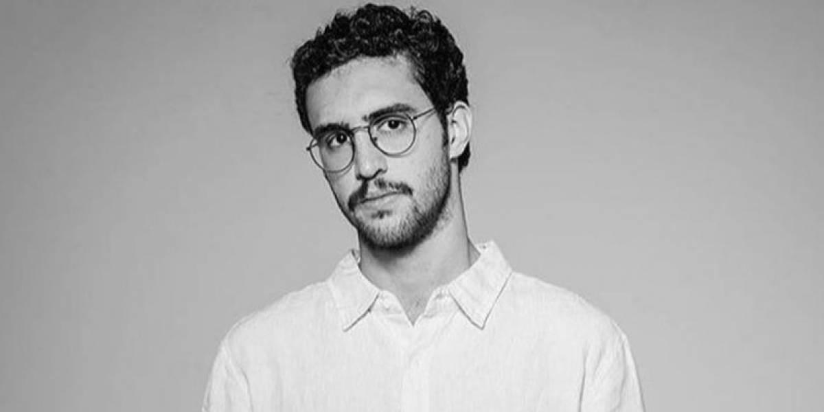 Zeca Veloso, filho de Caetano que escreveu o hit Todo Homem, tenta vencer a autocrítica