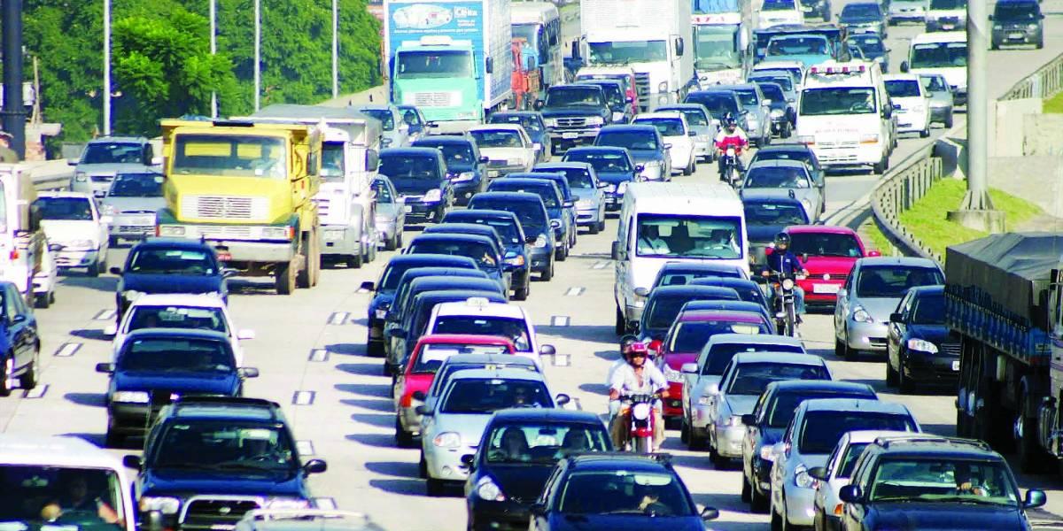Vai ter rodízio de carros em SP na sexta-feira?