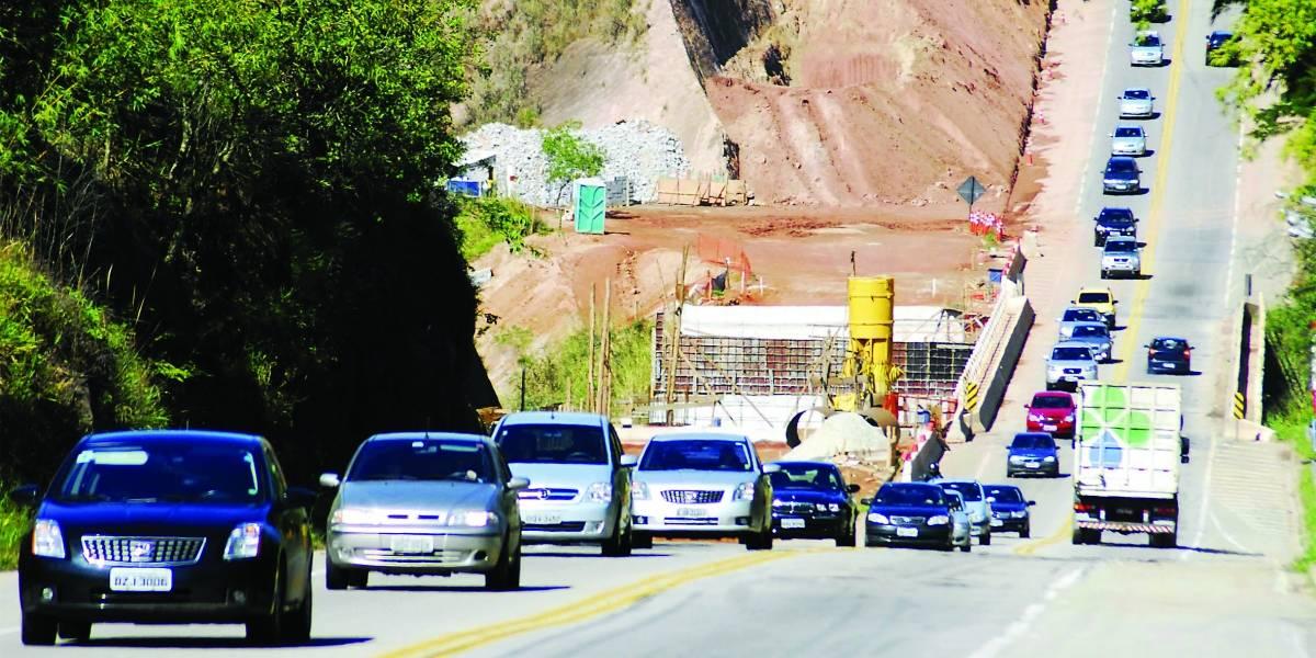 Após deslizamentos, Rodovia dos Tamoios terá operação especial no feriado