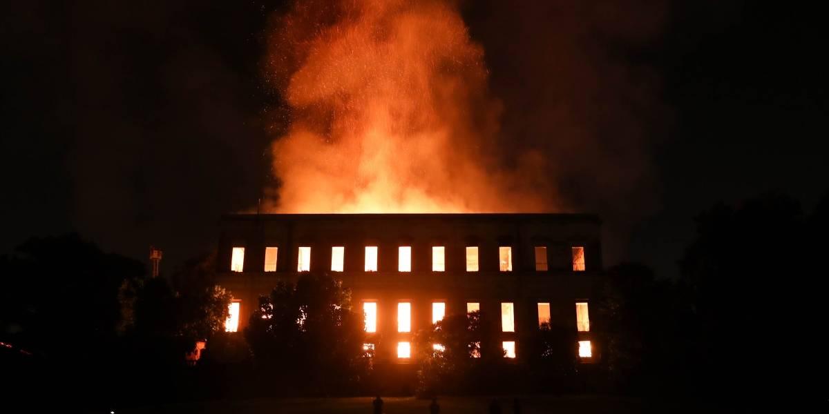 FOTOS: Impactantes imágenes del feroz incendio en el Museo Nacional de Río de Janeiro
