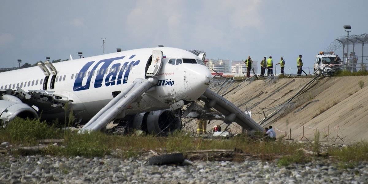 Accidente de avión en Rusia deja un muerto y 18 heridos