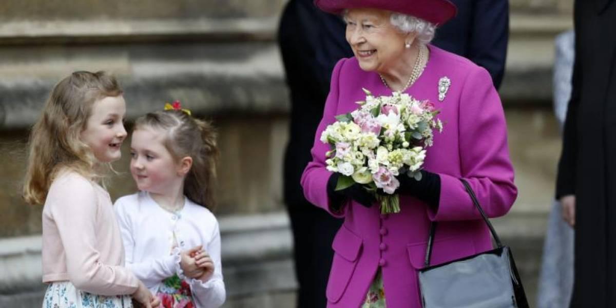 Este era el único hombre que tenía permitido romper el protocolo real con la reina Isabel