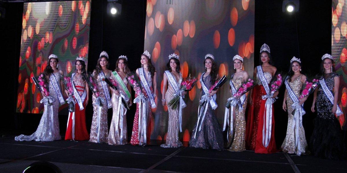 ¡Insólito! Miss Guatemala Latina corona a 17 jóvenes en su certamen de belleza