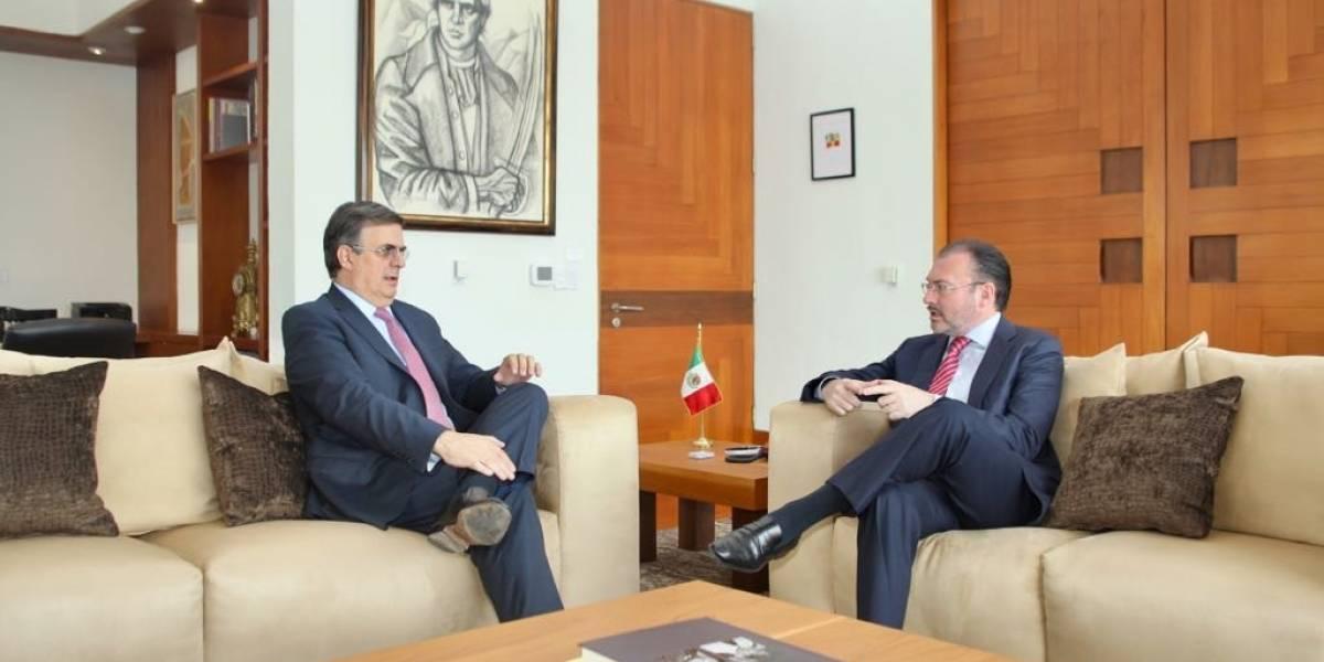 Videgaray y Ebrard dialogan sobre transición de la SRE