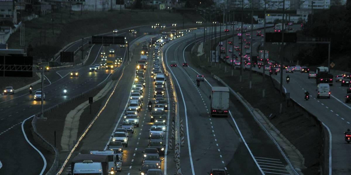 Novas pistas da rodovia Anchieta não têm placas nem iluminação