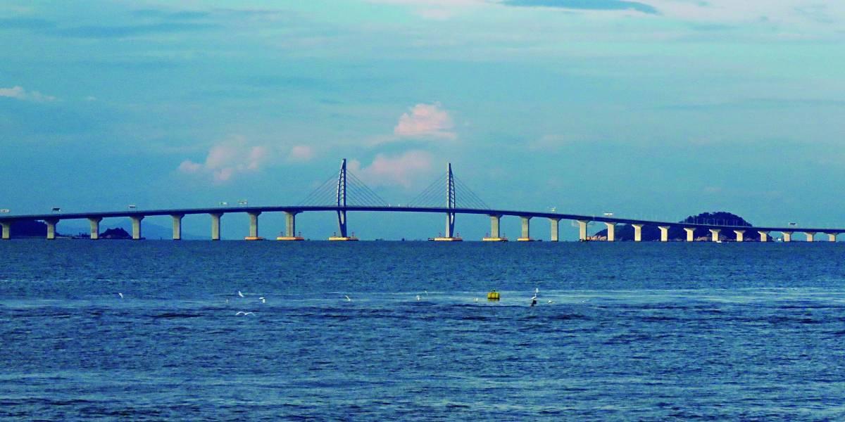 China conclui obras da maior ponte marítima do mundo