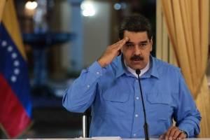 Presidente venezolano, Nicolás Maduro, mientras da anuncios económicos en cadena nacional