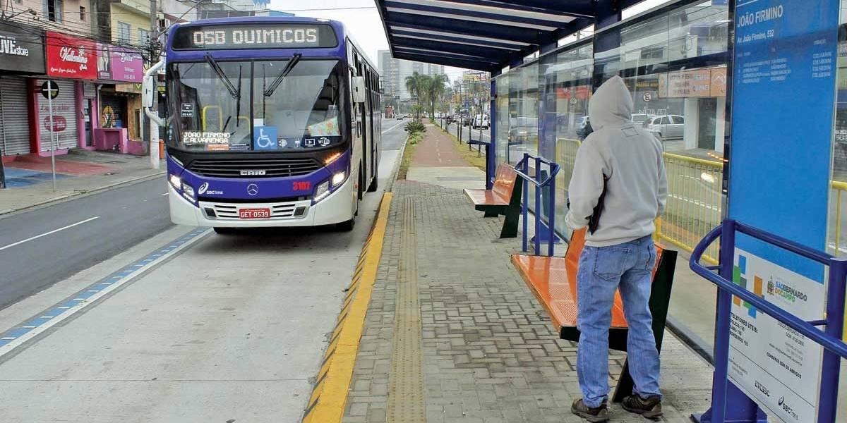 Corredor de ônibus divide passageiros e motoristas em São Bernardo