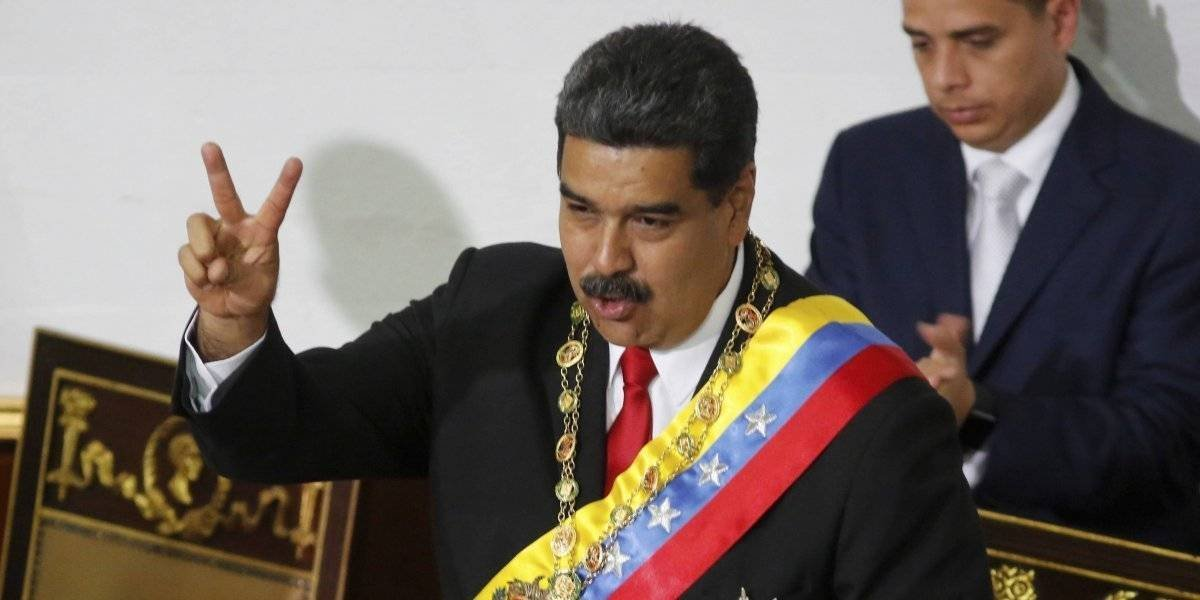 """Maduro ordena """"puente aéreo"""" para traer a los venezolanos de vuelta"""