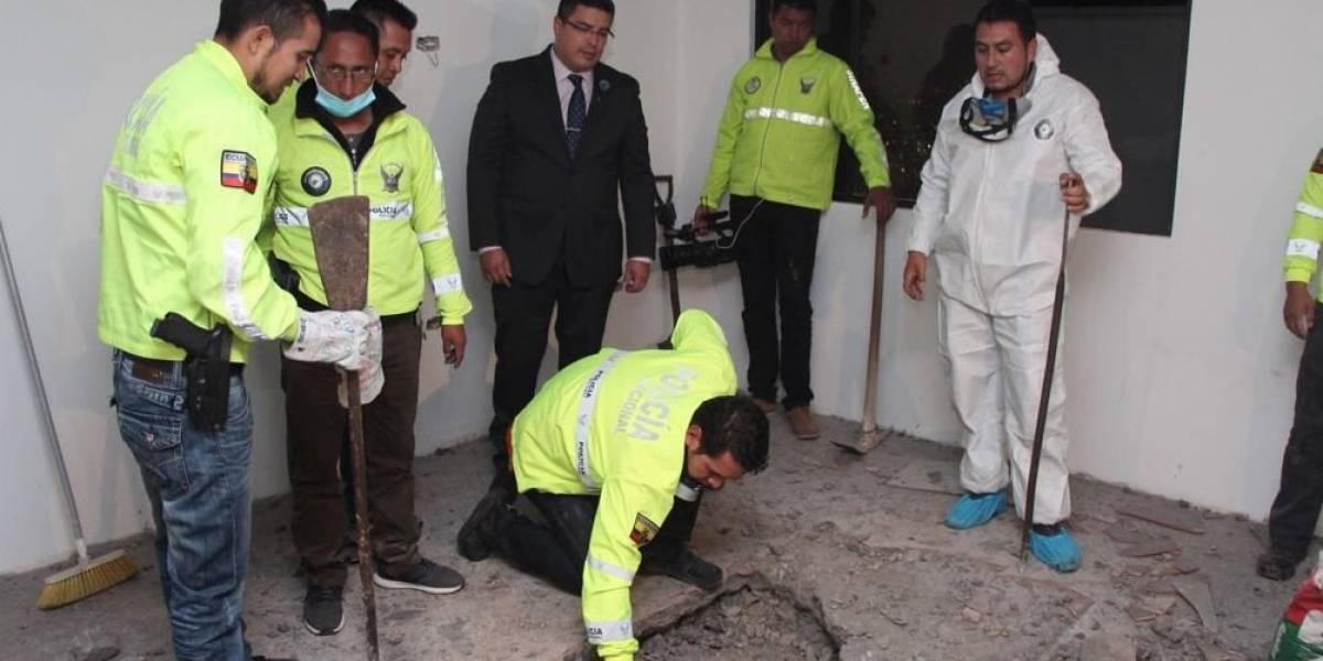 Quito: Autoridades hallan un cuerpo enterrado en una vivienda en Carcelén