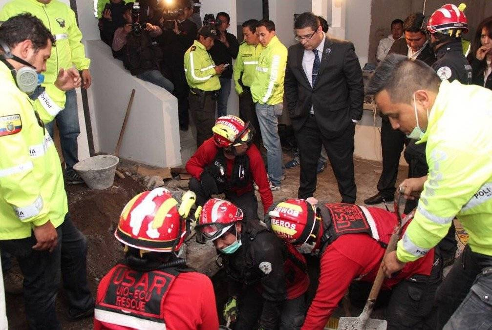 Hallan enterrado el cuerpo de un desaparecido en una vivienda en Quito