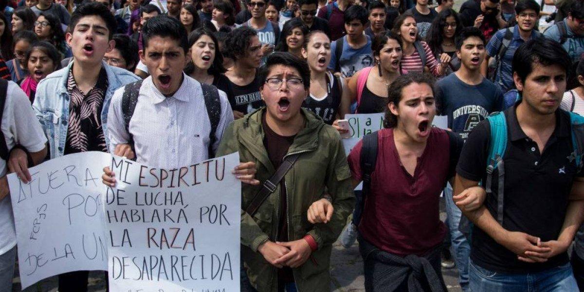 39 escuelas de la UNAM se declaran en paro