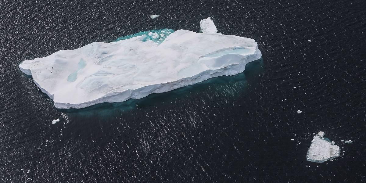 """""""No se va a detener fácilmente"""": alerta por iceberg del tamaño de Chiloé  que se mueve a una velocidad impactante y va directo a colisionar"""