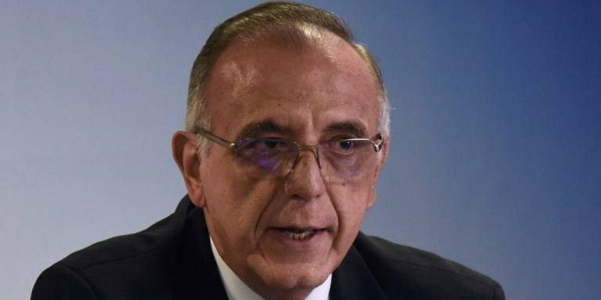 Con acciones legales, el Ejecutivo busca revocar amparo que avala ingreso del comisionado al país