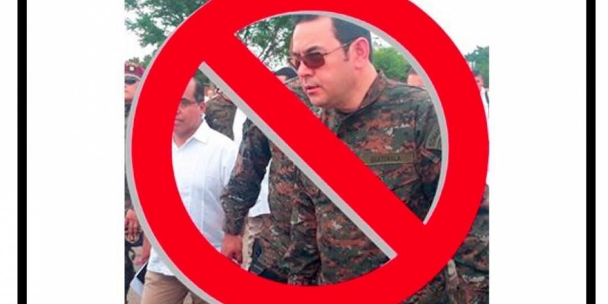 #NoAlMoralazo Guatemaltecos reaccionan ante prohibición a Velásquez de volver al país