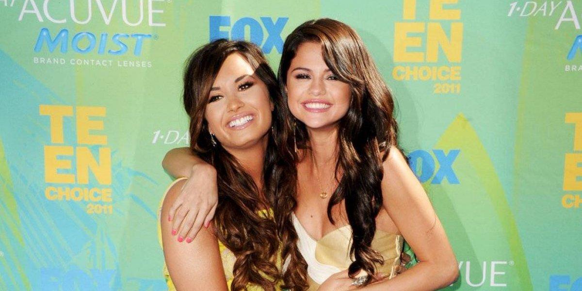 Selena Gomez y Demi Lovato, las famosas que casi pierden todo por las drogas y la depresión