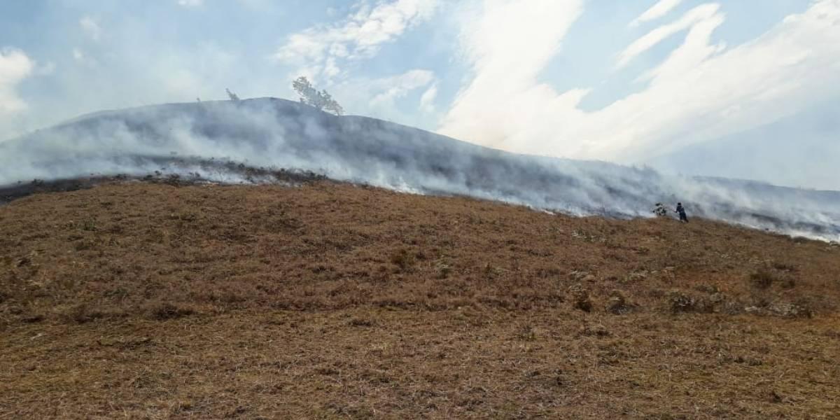 Bomberos reportaron un incendio forestal en Chilla