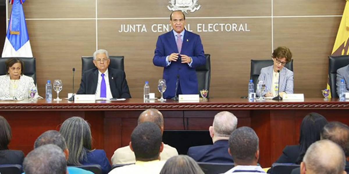 JCE someterá a consulta reglamento para primarias simultáneas