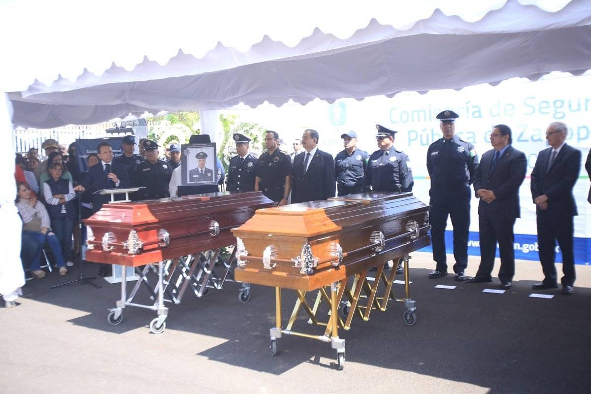 Rinden homenaje a los policías asesinados el lunes