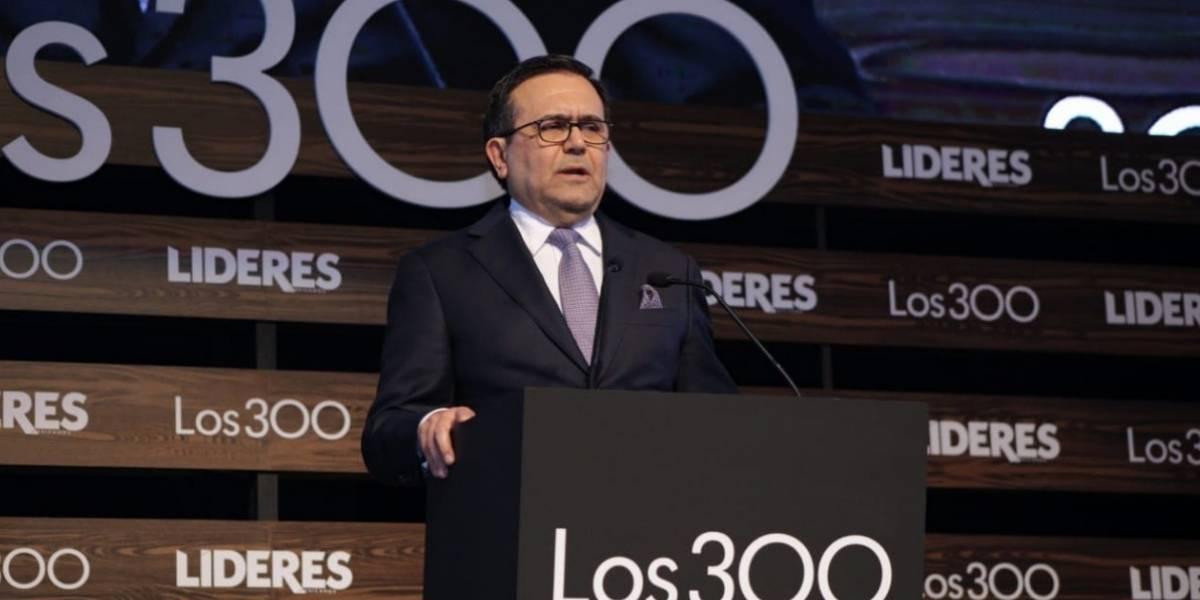 'Los 300' reconocen a Ildefonso Guajardo por negociación del TLCAN