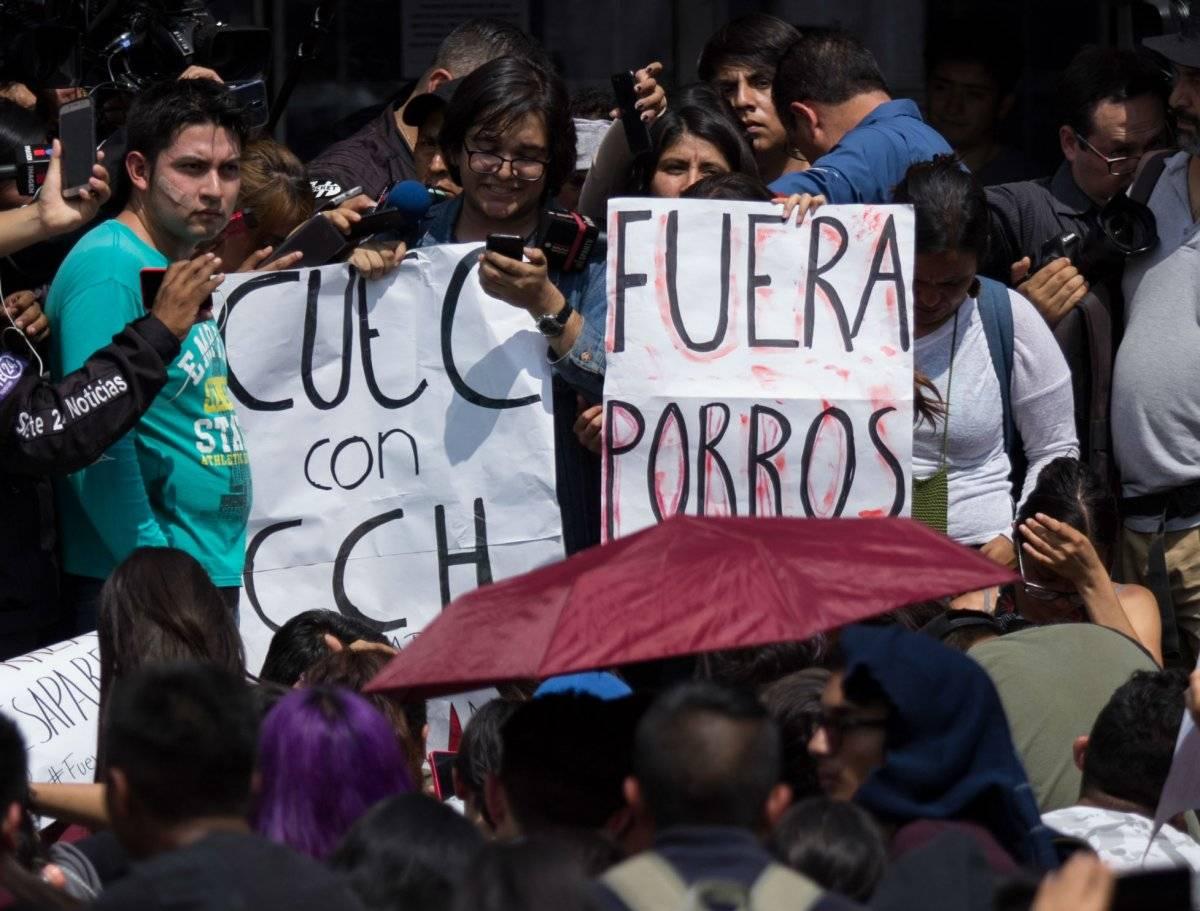 La principal demanda es sacar a los porros de las escuelas de la UNAM. Foto: Cuartoscuro