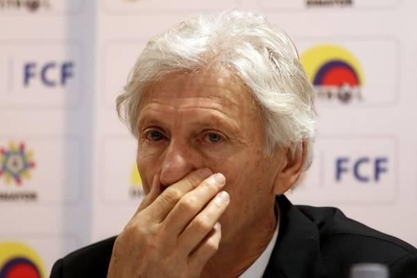 Javier Hernández Bonnet le respondió a periodistas deportivos por mentiras