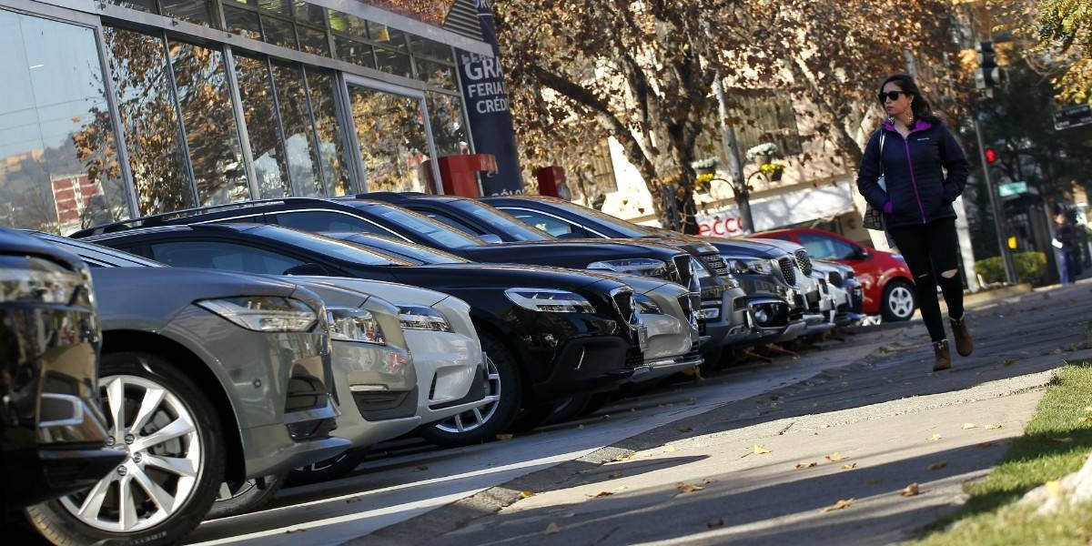 Para un auto nuevo, ¿crédito de consumo o automotriz?