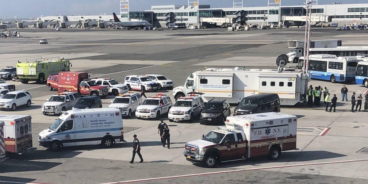 Avião entra em quarentena em Nova York após enjoo de cem passageiros
