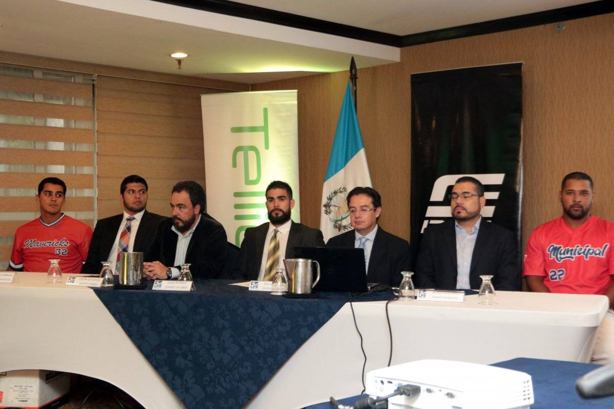 En conferencia de prensa fue presentada la Liga Profesional de Béisbol.