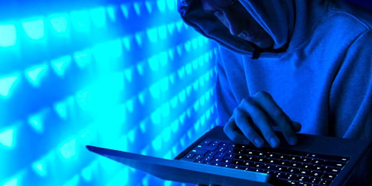 Un hombre es investigado por violación a una niña de 13 años que contactó por Facebook