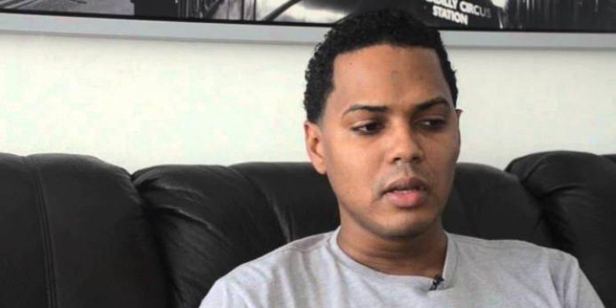 Alofokemusic denunció tiroteo a la cabina donde transmitía su programa de radio