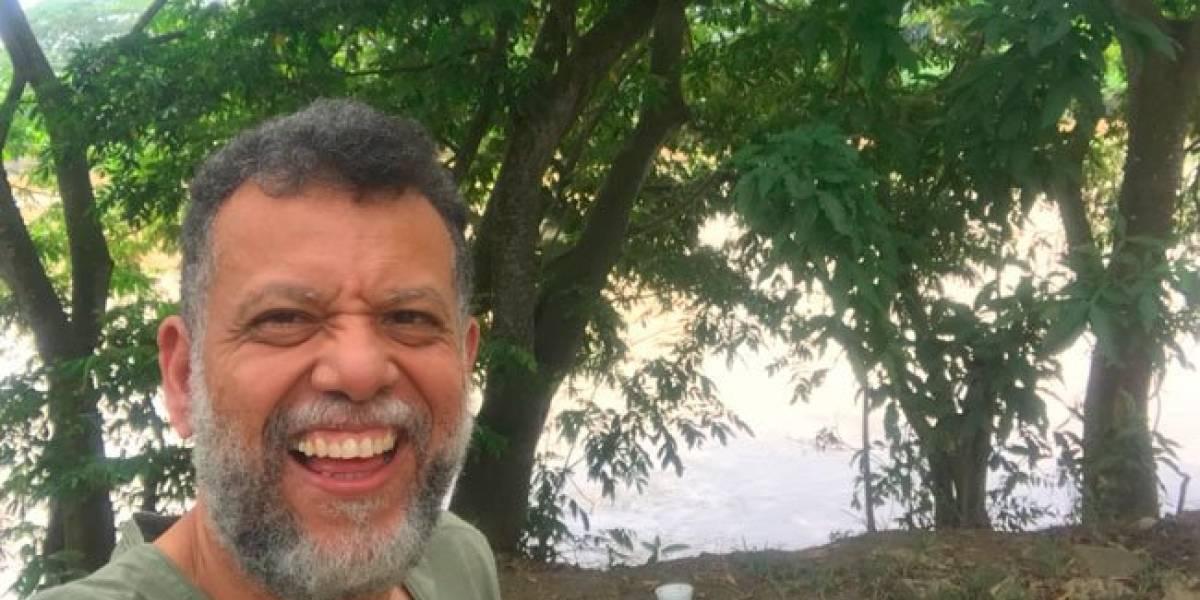 """Padre Linero anuncia que 'colgará los hábitos' para seguir disfrutando su vida """"como un ser humano común y corriente"""""""