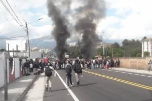 Protestas en Yaguarcocha