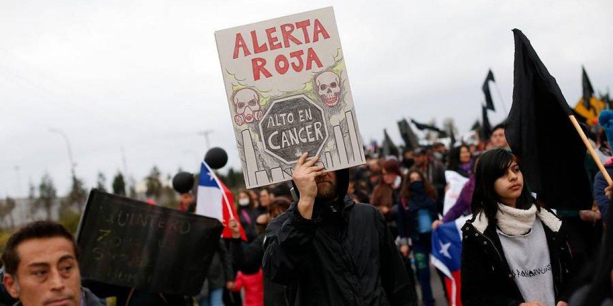 """Piden declarar """"Zona de Catástrofe"""" en Quintero y Puchuncaví por crisis medioambiental"""