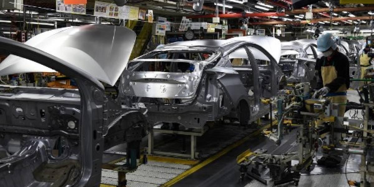 Toyota llama a revisión más de un millón de vehículos híbridos