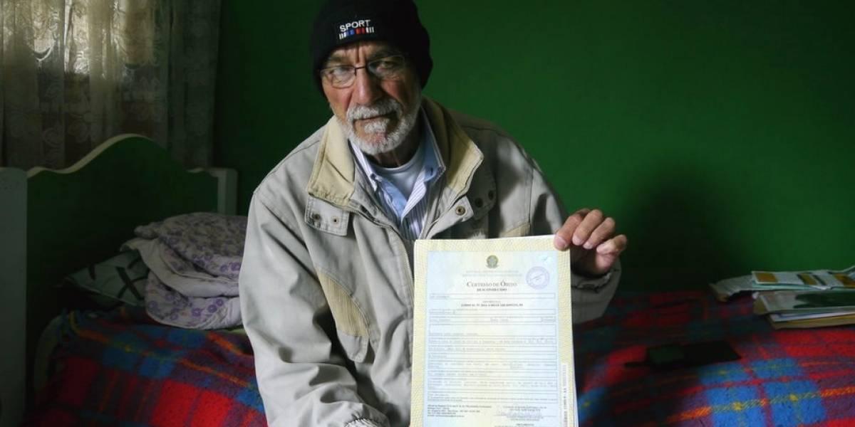 """""""Meu filho foi enterrado e só me avisaram 2 anos depois"""": como Brasil prolonga sofrimento de famílias de desaparecidos"""
