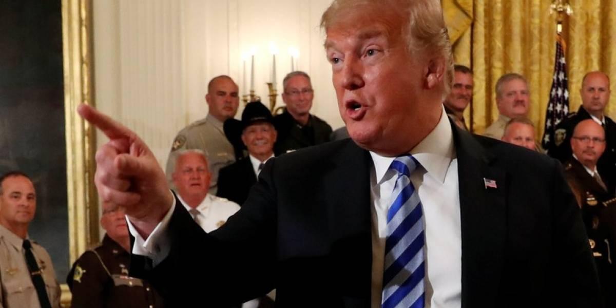 """O mistério sobre o alto funcionário que diz em texto anônimo proteger EUA das """"piores inclinações"""" de Trump"""