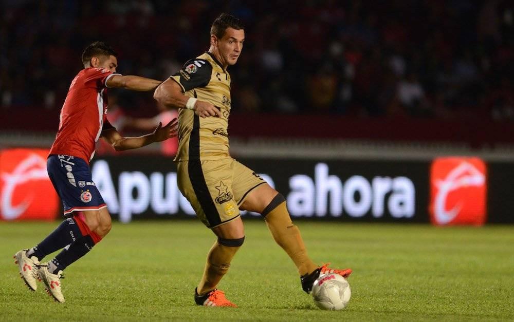 Milton Caraglio: Antes de llegar a Cruz Azul donde la está rompiendo, Caraglio se fogueó con los Dorados de Sinaloa. / Mexsport