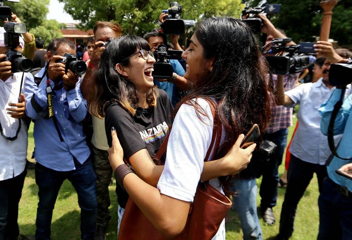 Manifestantes comemoram resultado Stringer/Reuters