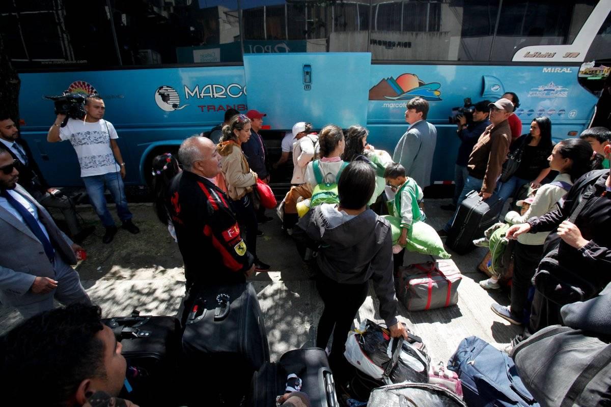 Venezolanos en Ecuador regresando a su país