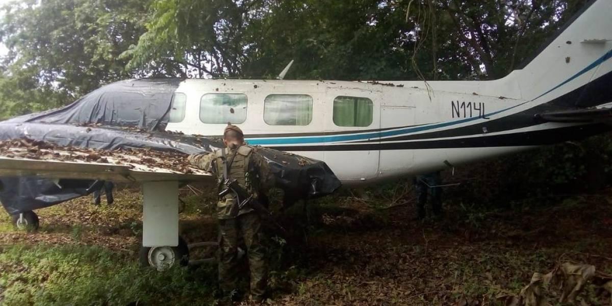 Localizan aeronave abandonada en pista clandestina en Retalhuleu