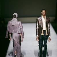 Modelos presentan piezas de la colección de Tom Ford en la Semana de la Moda de Nueva York el miércoles 5 de septiembre de 2018. (Foto AP / Andres Kudacki)